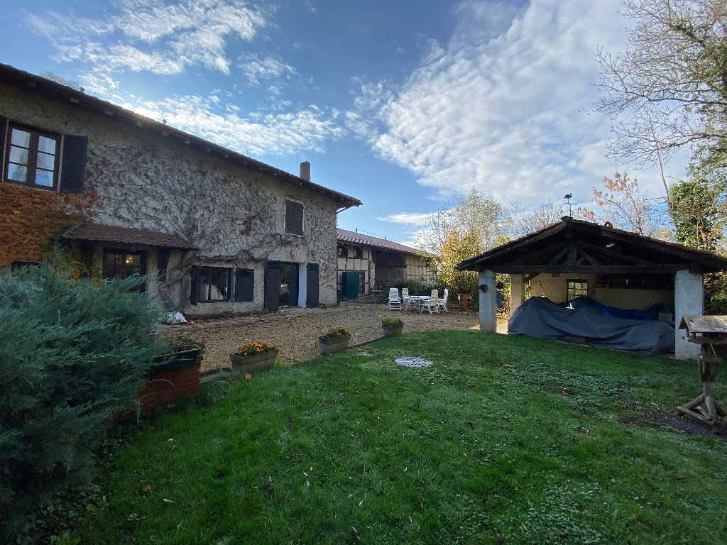 Maison à vendre 10 381m2 à Attignat vignette-2