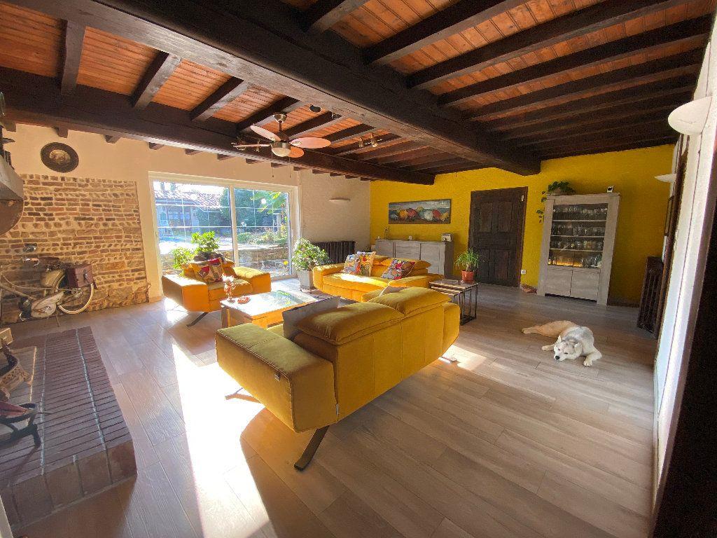Maison à vendre 10 381m2 à Attignat vignette-4