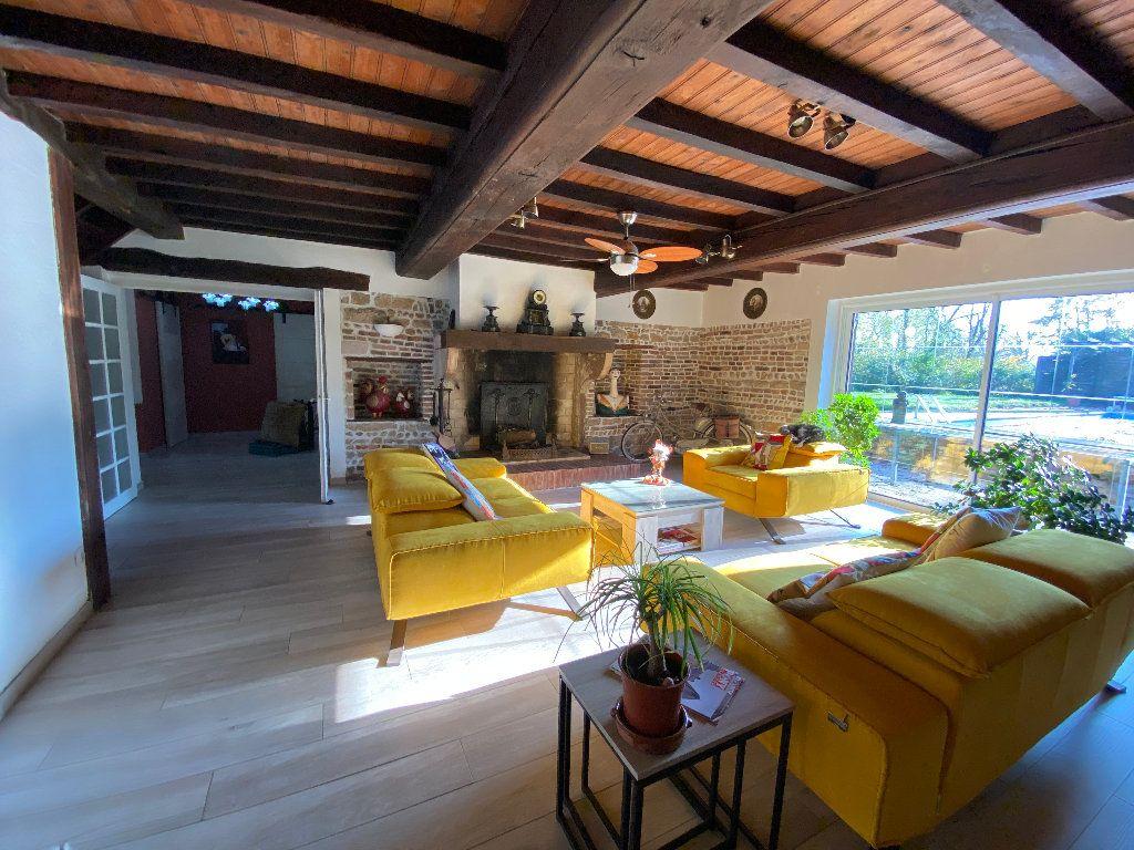 Maison à vendre 10 381m2 à Attignat vignette-5