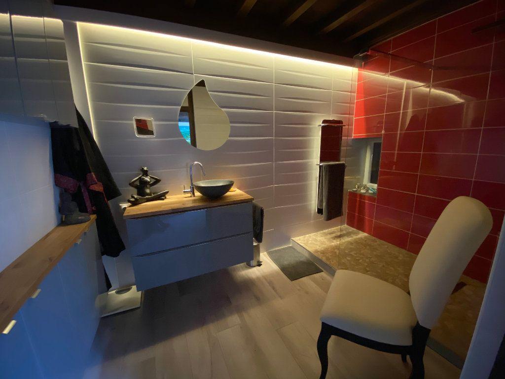 Maison à vendre 10 381m2 à Attignat vignette-9