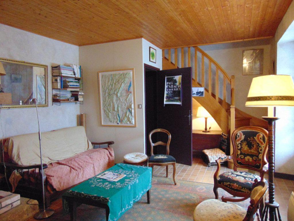 Maison à vendre 6 116m2 à Cormaranche-en-Bugey vignette-3