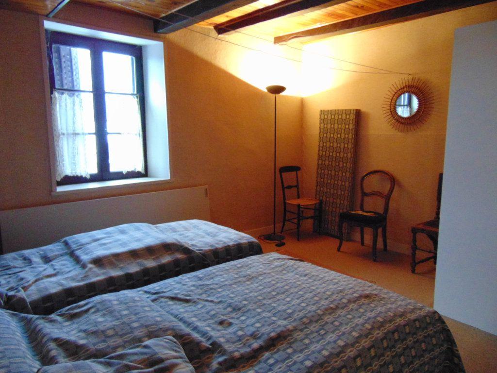 Maison à vendre 6 116m2 à Cormaranche-en-Bugey vignette-4