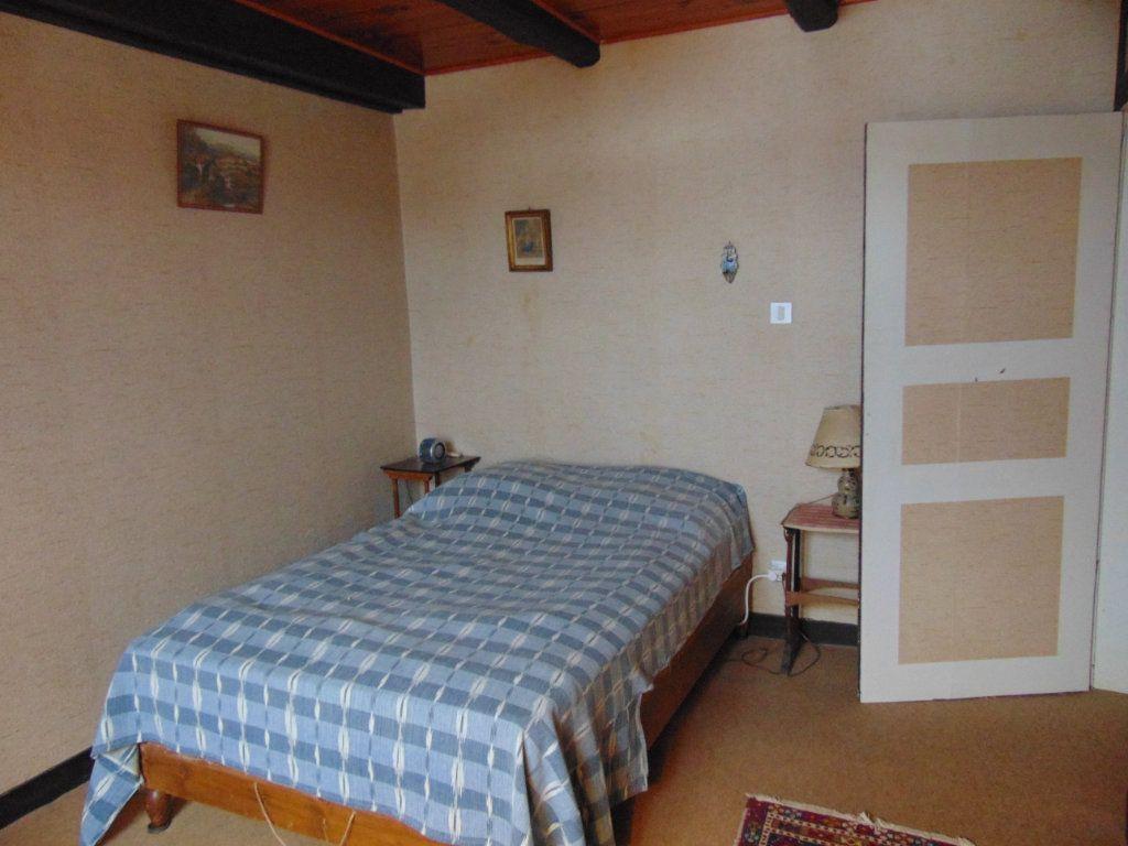 Maison à vendre 6 116m2 à Cormaranche-en-Bugey vignette-5