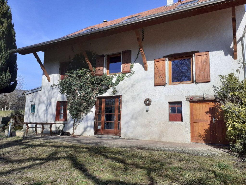 Maison à vendre 7 170m2 à Champagne-en-Valromey vignette-1