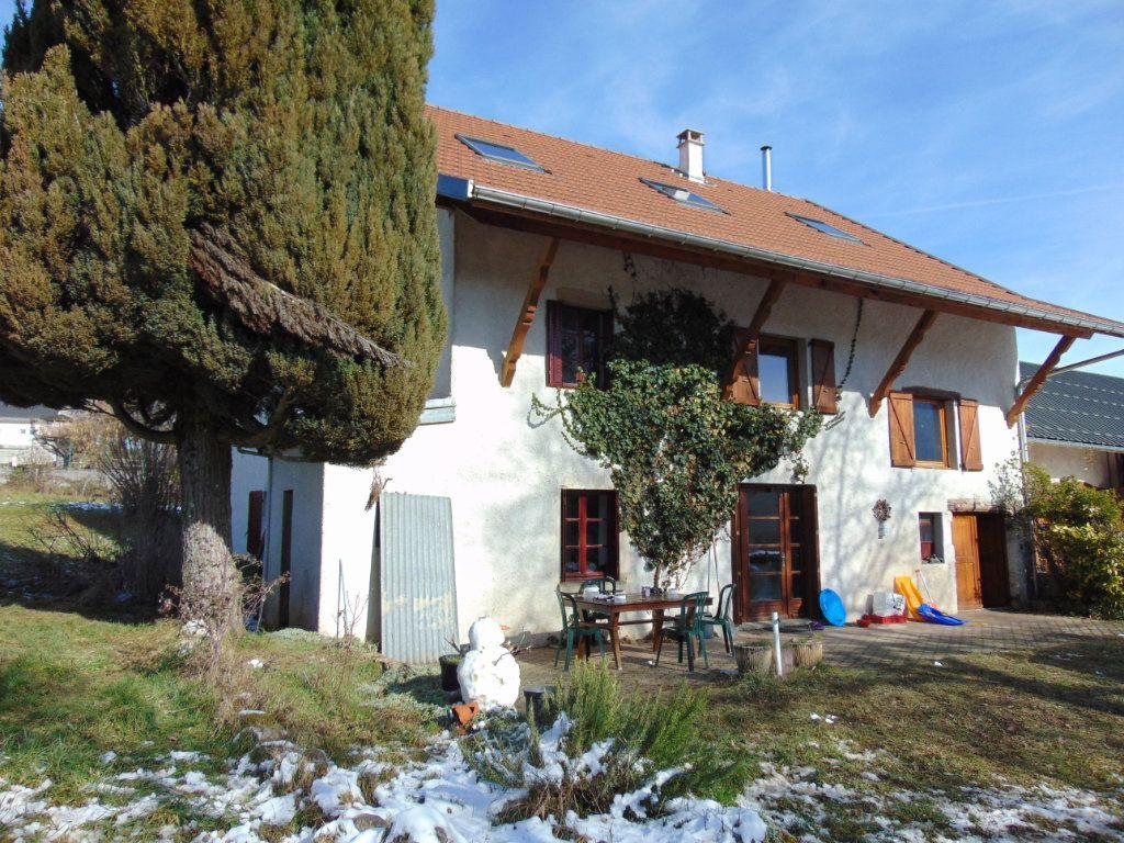 Maison à vendre 7 170m2 à Champagne-en-Valromey vignette-7