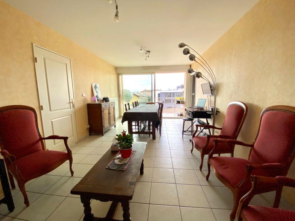 Appartement à vendre 5 87.55m2 à Attignat vignette-4