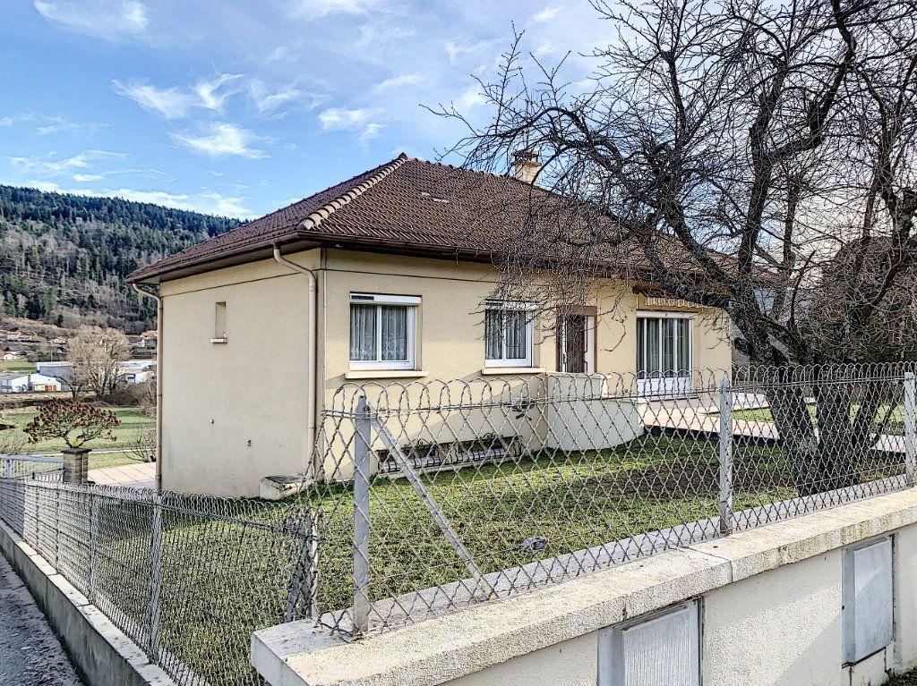 Maison à vendre 5 110m2 à Martignat vignette-2