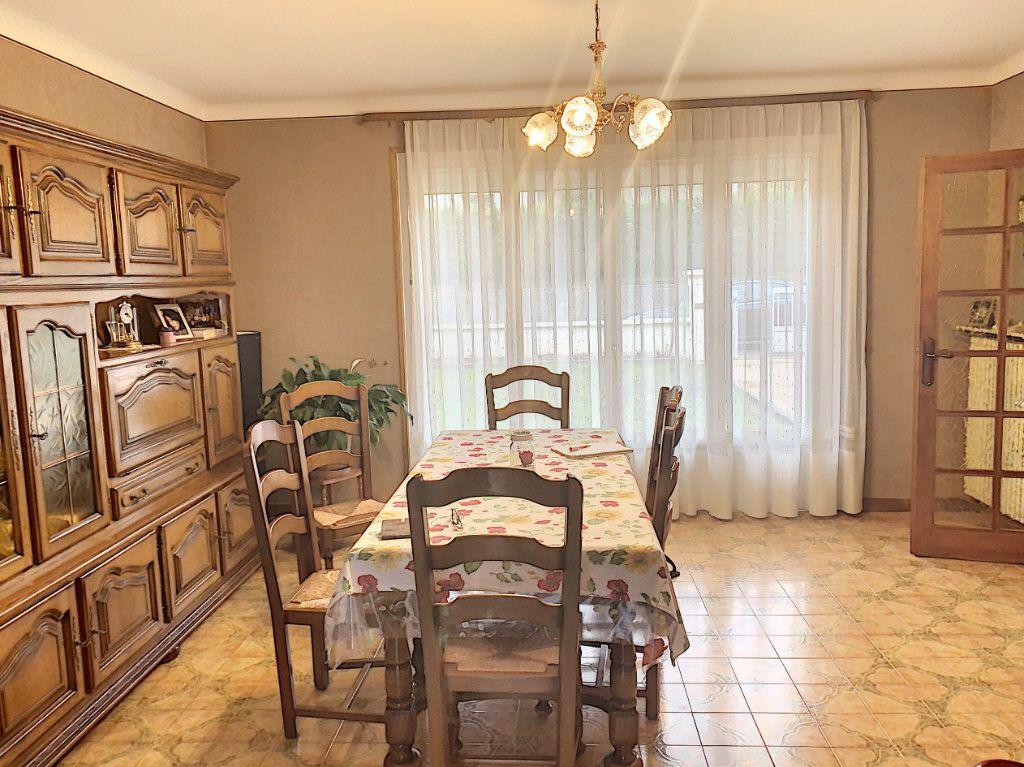 Maison à vendre 5 110m2 à Martignat vignette-3