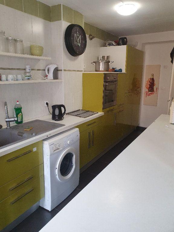 Appartement à vendre 5 91.13m2 à Bourg-en-Bresse vignette-3