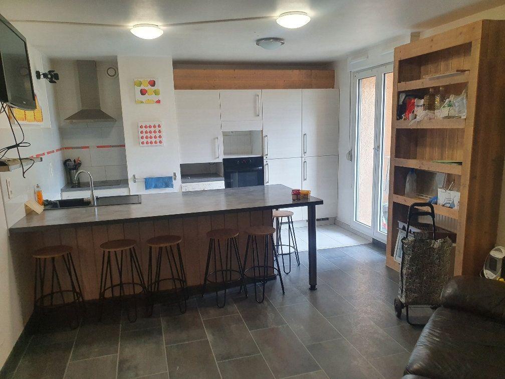 Appartement à vendre 5 87m2 à Bourg-en-Bresse vignette-3