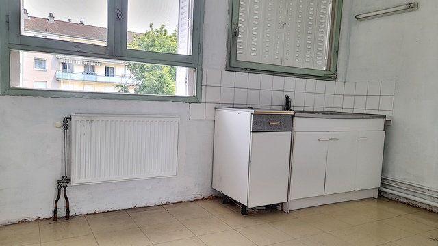 Appartement à vendre 4 80m2 à Bourg-en-Bresse vignette-5