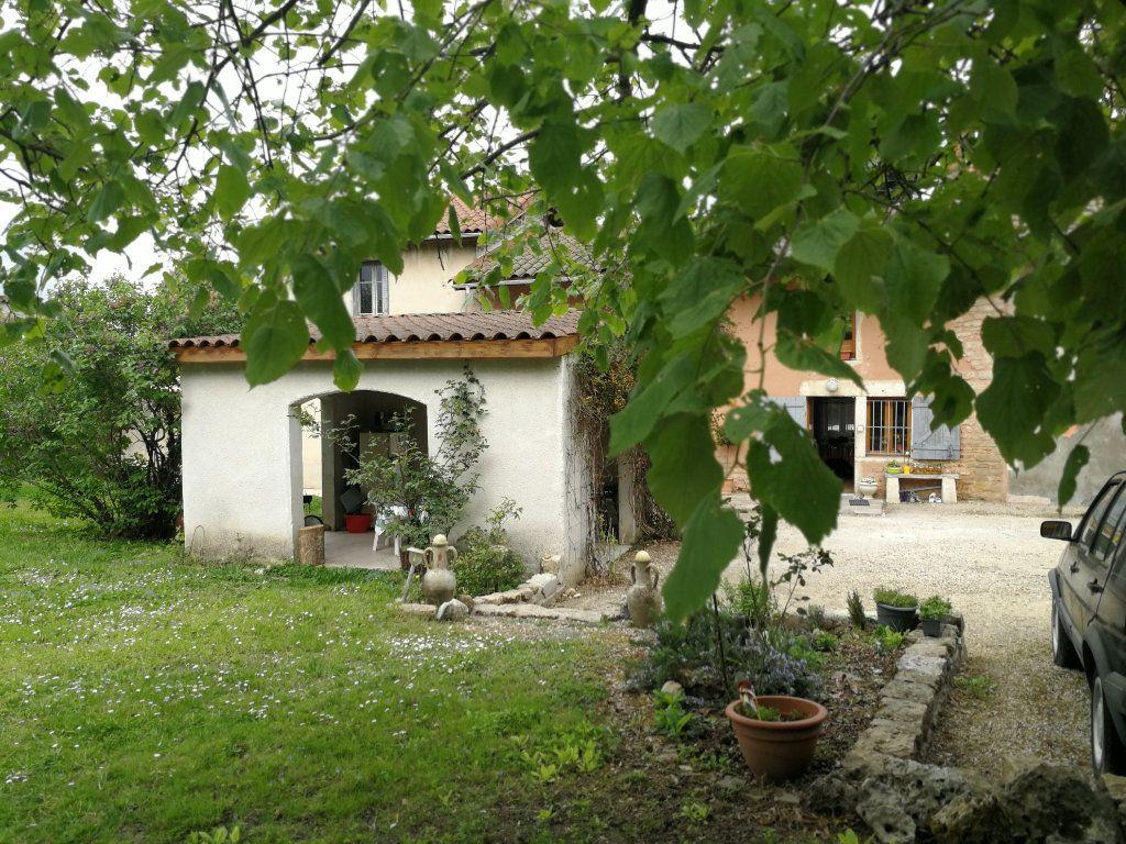 Maison à vendre 8 190m2 à Bourg-en-Bresse vignette-1