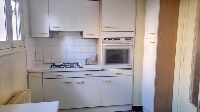 Appartement à vendre 4 72m2 à Bourg-en-Bresse vignette-2