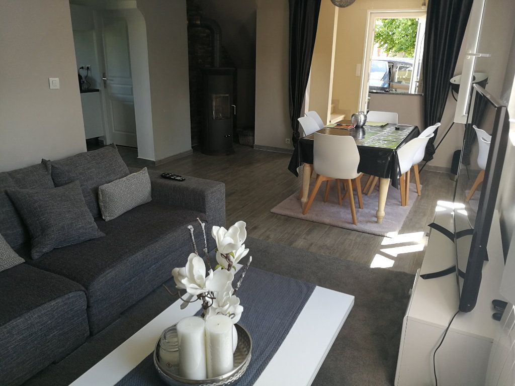 Maison à vendre 5 120m2 à Bourg-en-Bresse vignette-1