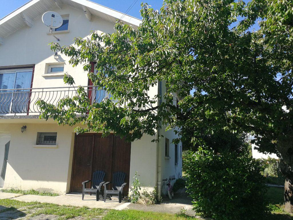 Maison à vendre 5 120m2 à Bourg-en-Bresse vignette-2