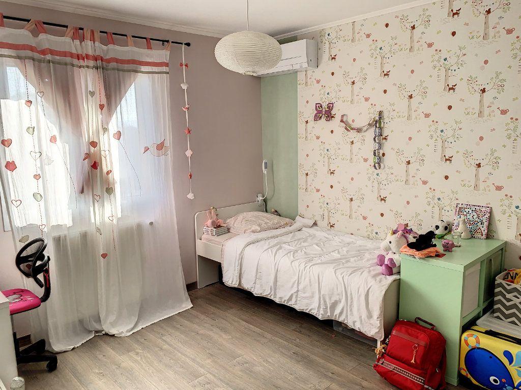Maison à vendre 6 128m2 à Bourg-en-Bresse vignette-6