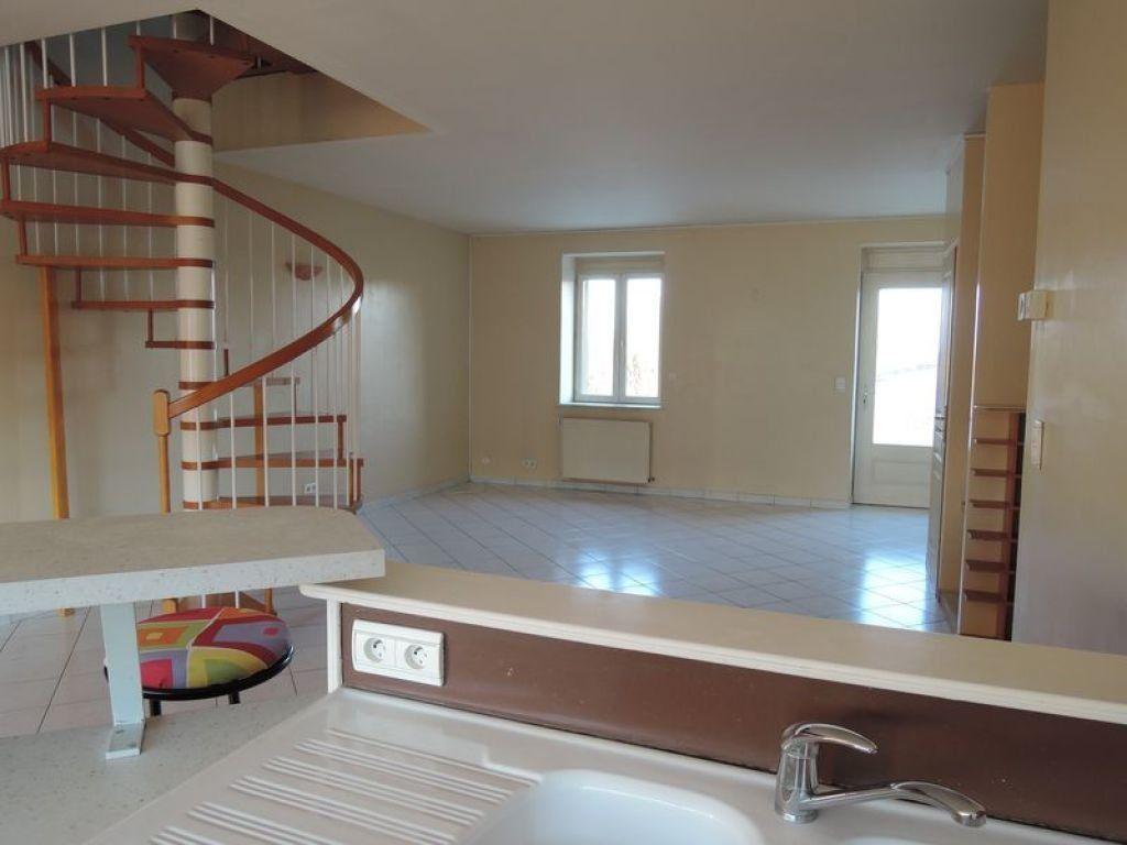 Appartement à vendre 5 110m2 à Tavaux vignette-5