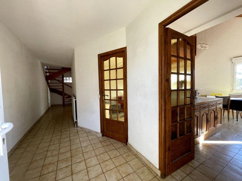 Maison à vendre 7 139m2 à Dole vignette-6