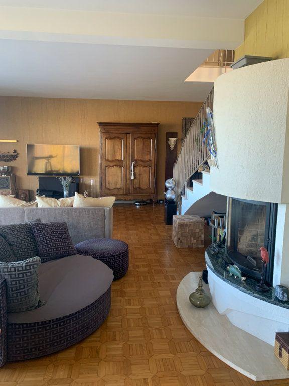 Maison à vendre 7 225m2 à Dole vignette-9