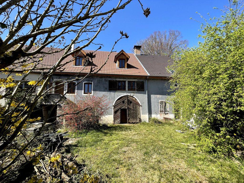 Maison à vendre 0 226m2 à Montmirey-la-Ville vignette-2