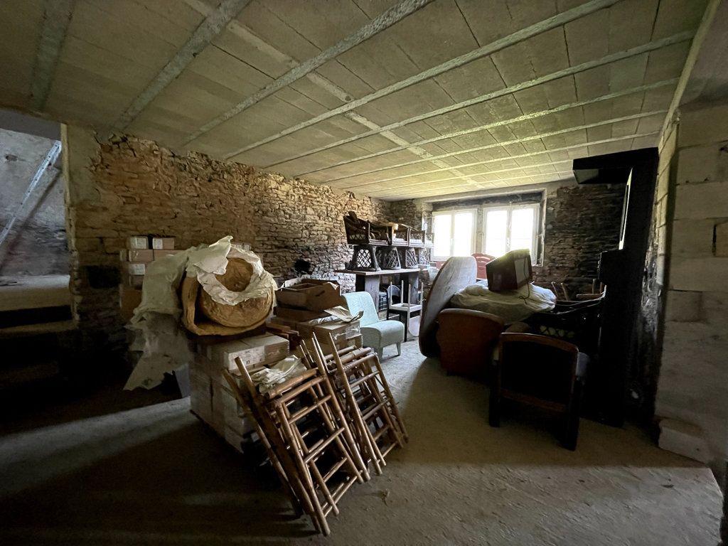 Maison à vendre 0 226m2 à Montmirey-la-Ville vignette-5