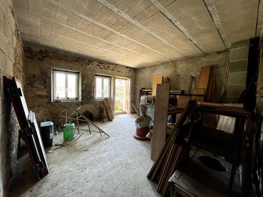 Maison à vendre 0 226m2 à Montmirey-la-Ville vignette-6