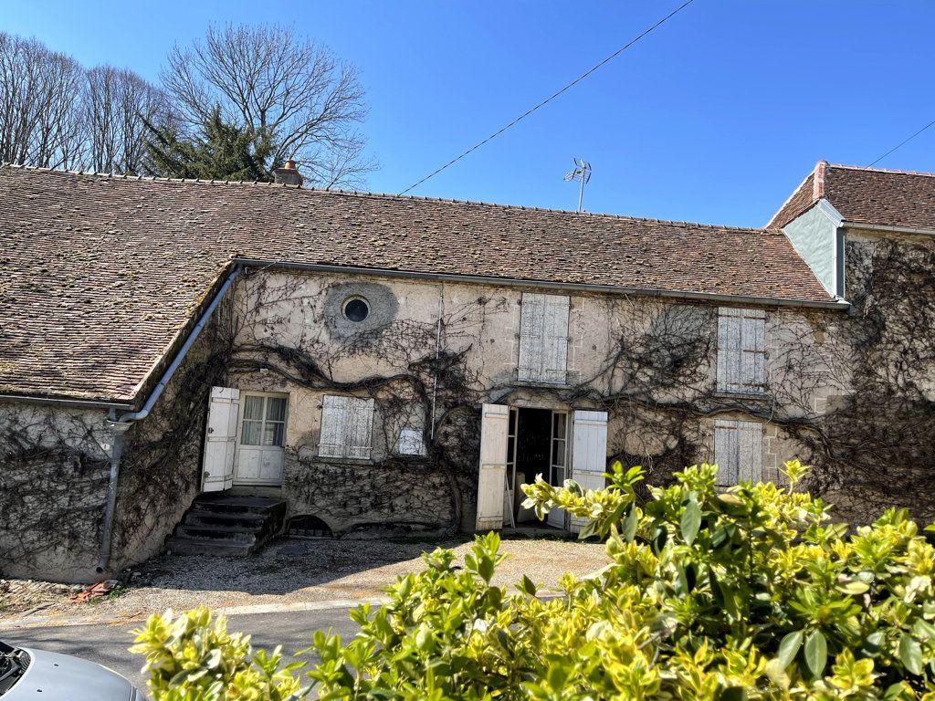 Maison à vendre 7 165m2 à Montmirey-la-Ville vignette-2