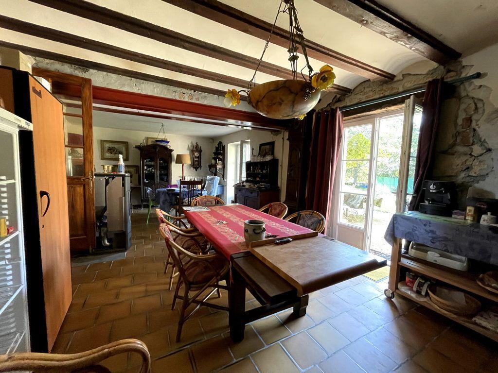Maison à vendre 7 165m2 à Montmirey-la-Ville vignette-4