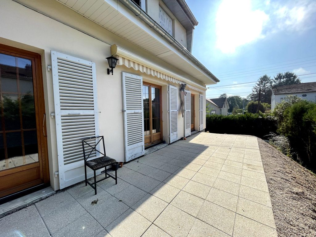 Maison à vendre 6 120m2 à Dole vignette-1