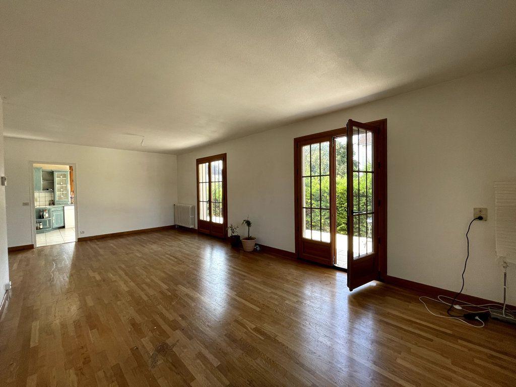 Maison à vendre 6 120m2 à Dole vignette-2