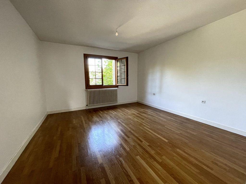 Maison à vendre 6 120m2 à Dole vignette-4