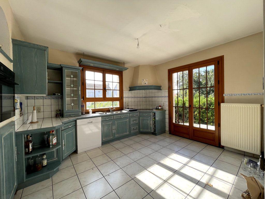 Maison à vendre 6 120m2 à Dole vignette-7