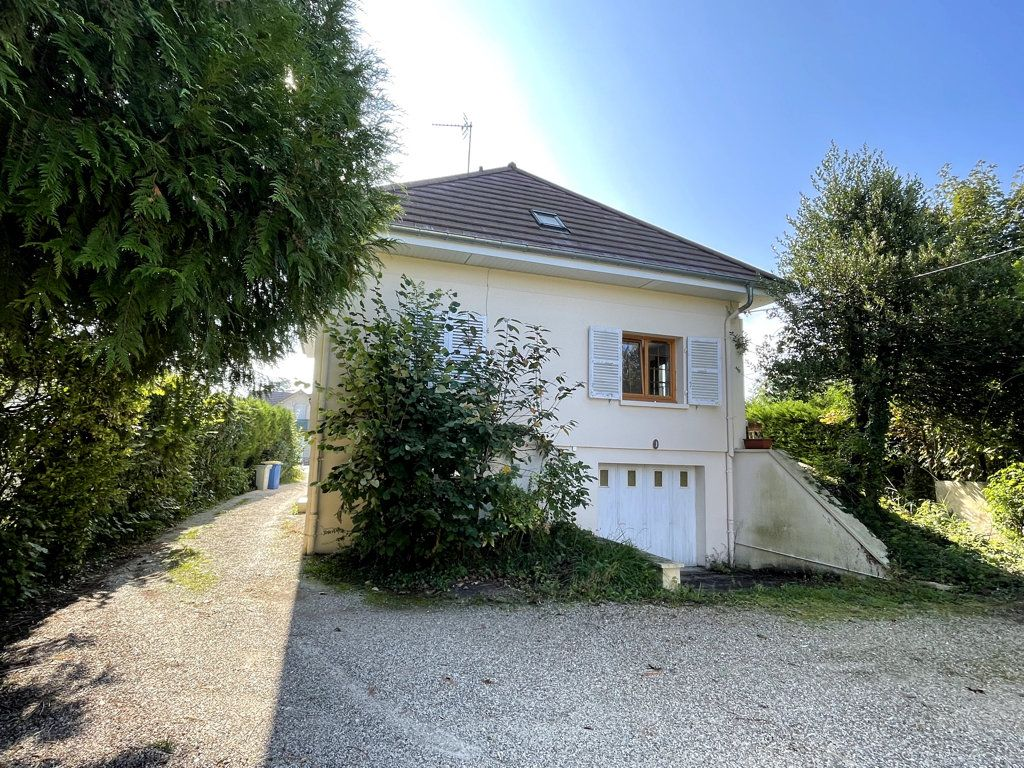 Maison à vendre 6 120m2 à Dole vignette-12