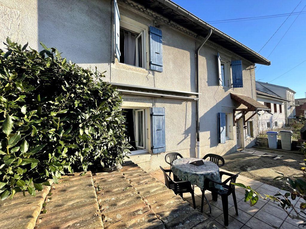 Maison à vendre 5 145m2 à Tavaux vignette-1