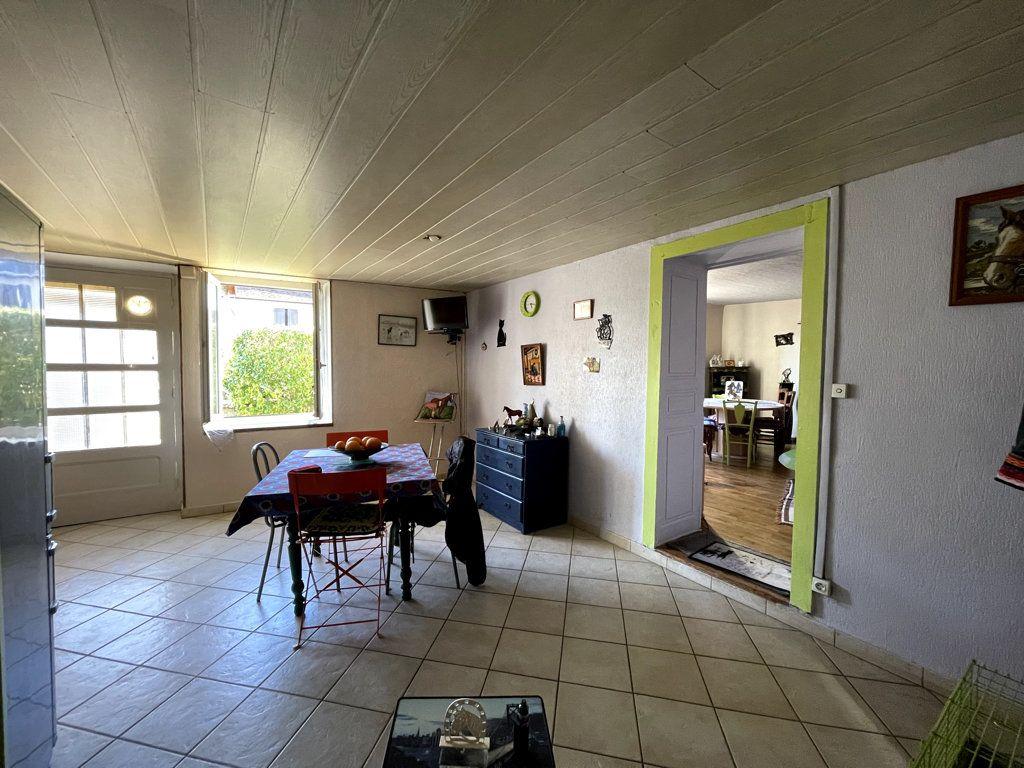 Maison à vendre 5 145m2 à Tavaux vignette-5