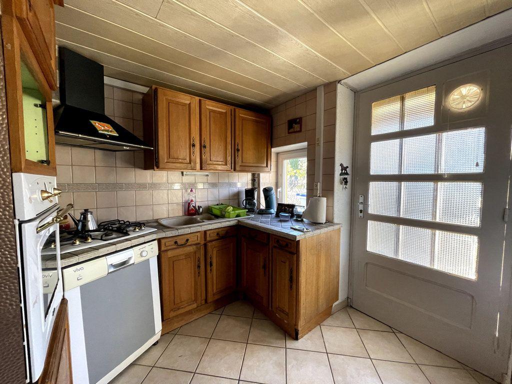 Maison à vendre 5 145m2 à Tavaux vignette-7