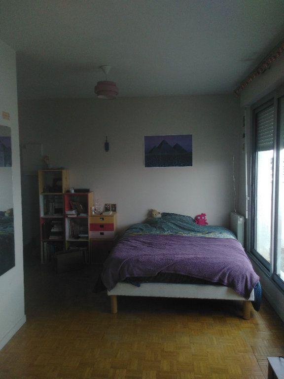 Appartement à louer 1 23.68m2 à Dijon vignette-3