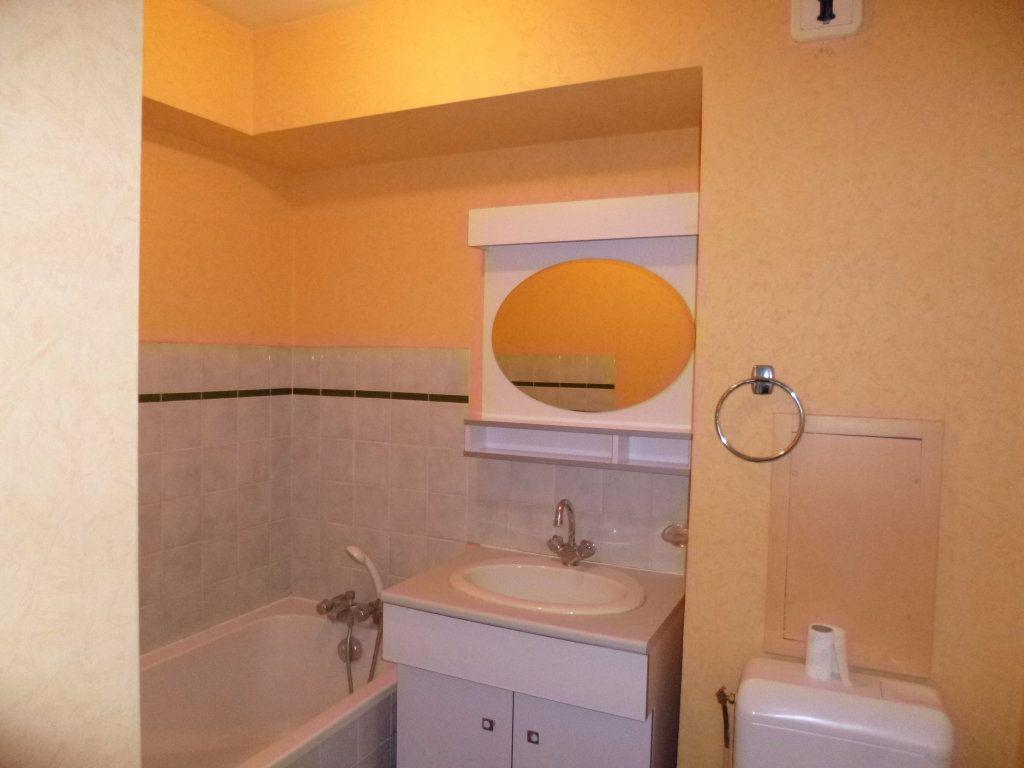 Appartement à louer 1 20m2 à Dijon vignette-4