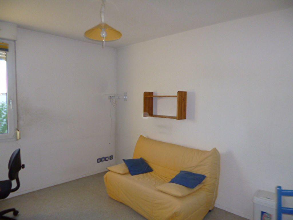 Appartement à louer 1 18.5m2 à Dijon vignette-3