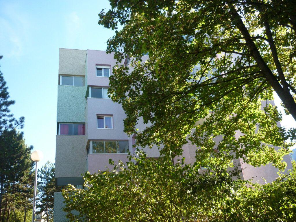 Appartement à louer 3 53.36m2 à Quetigny vignette-1