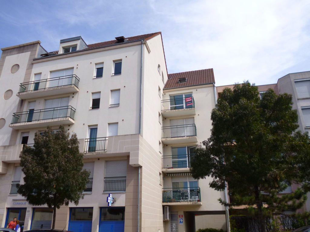 Appartement à louer 3 75m2 à Dijon vignette-1