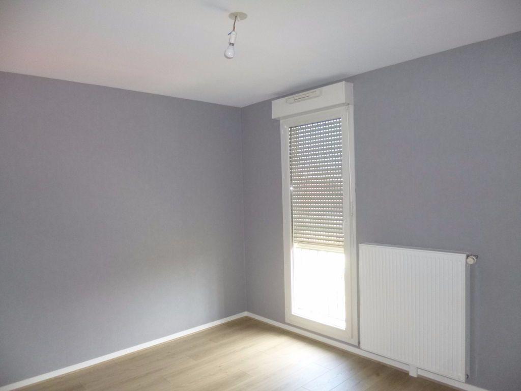 Appartement à louer 3 75m2 à Dijon vignette-4