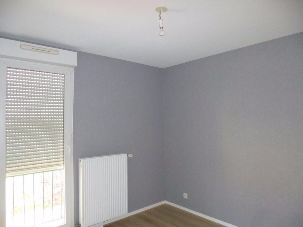 Appartement à louer 3 75m2 à Dijon vignette-5
