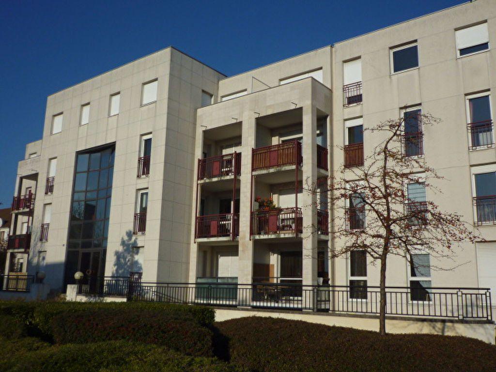Appartement à louer 2 28.04m2 à Dijon vignette-1