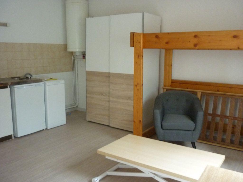Appartement à louer 1 20.29m2 à Dijon vignette-2