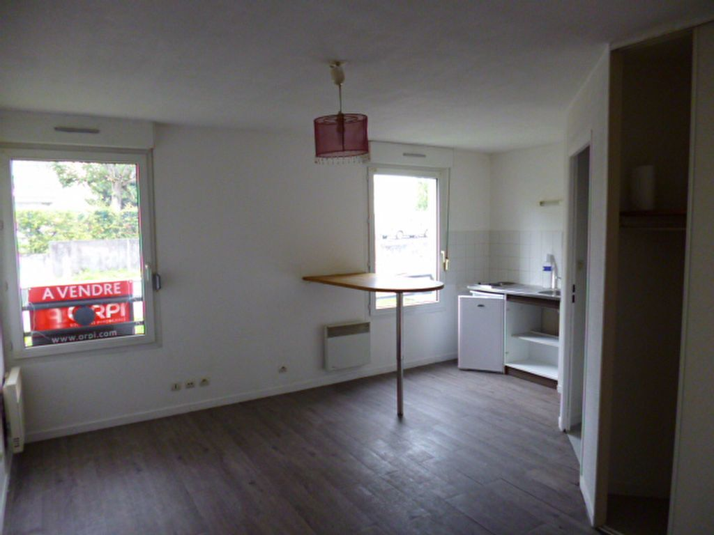 Appartement à louer 1 23.78m2 à Dijon vignette-2