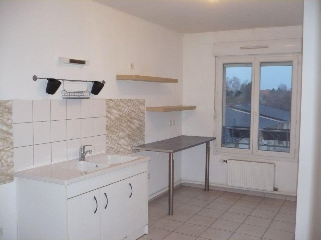 Appartement à louer 2 57m2 à Genlis vignette-2
