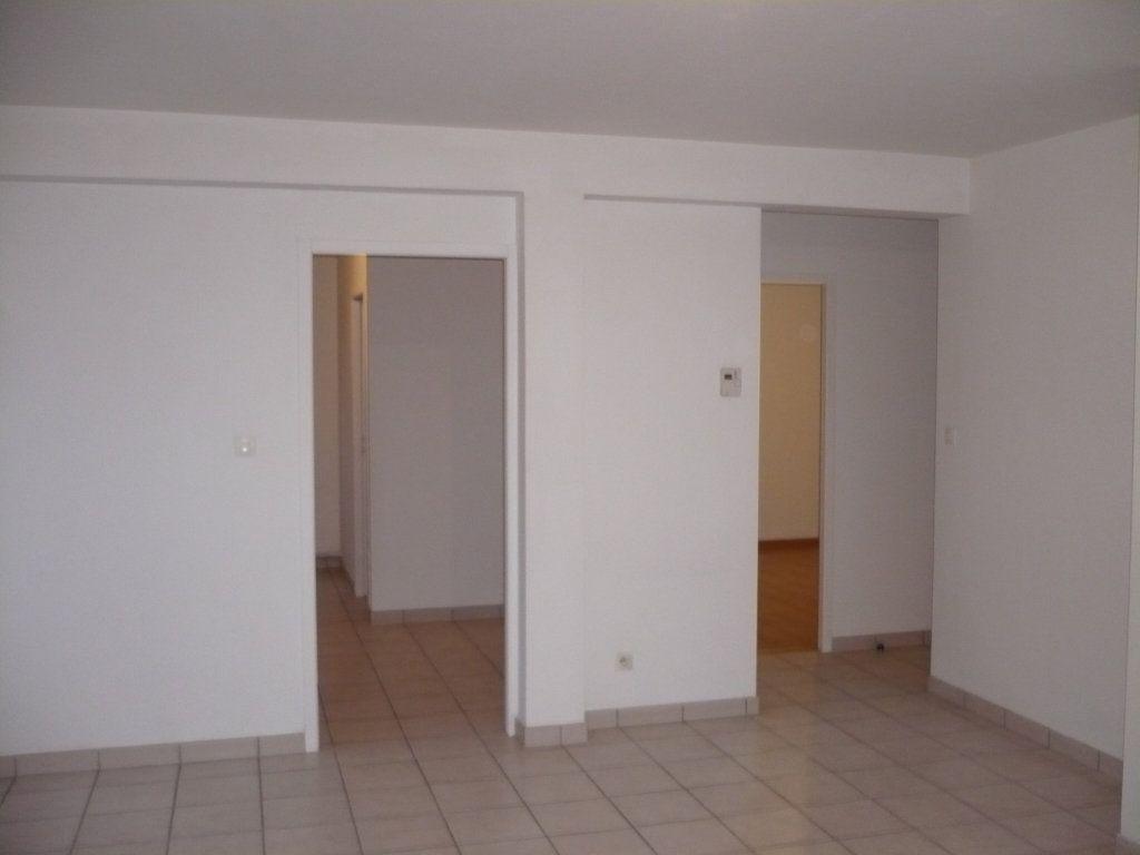 Appartement à louer 2 57m2 à Genlis vignette-4