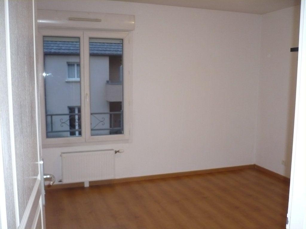 Appartement à louer 2 57m2 à Genlis vignette-5