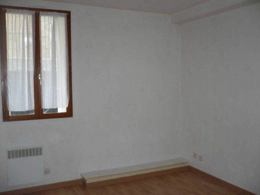 Appartement à louer 3 41.79m2 à Dijon vignette-4